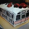 電車の形ケーキ